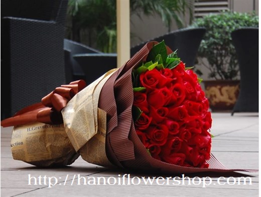 beautiful flower delivery to Hanoi