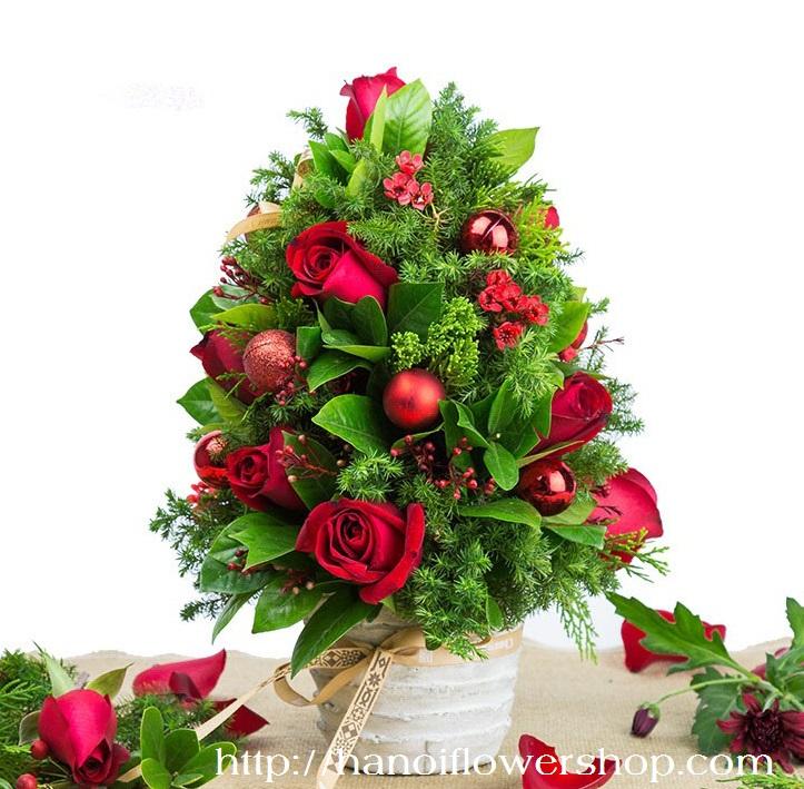 Christmas tree rose decoration
