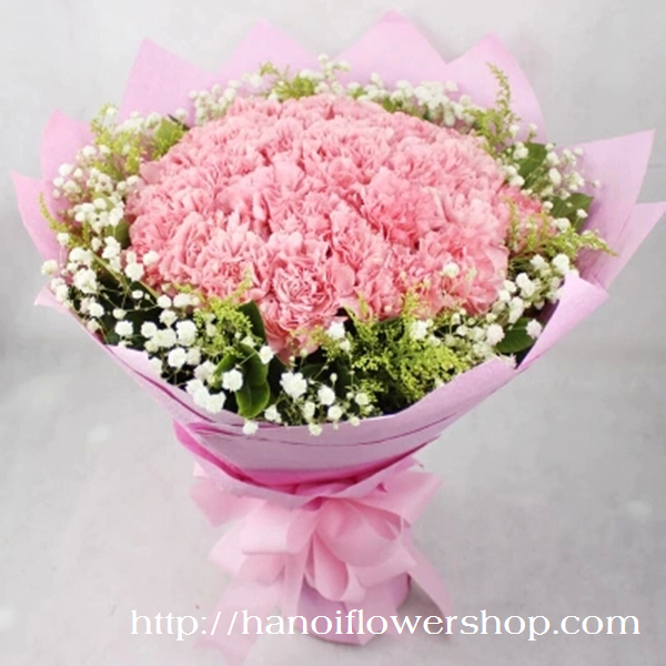 Pink carnation bouquet for Valentine